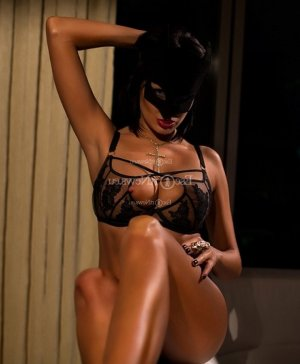 Teyla escort girls