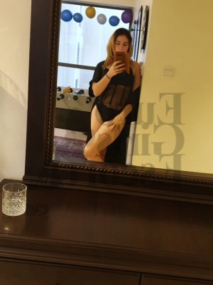 Aeris live escort in Hackensack