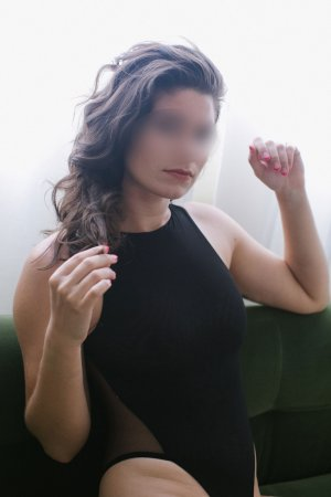 Soukeina escort in North Fort Myers